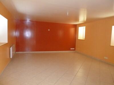 Location Maison 5 pièces 131m² Veauche (42340) - Photo 6