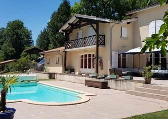 Vente Maison 10 pièces 327m² Arzay (38260) - Photo 1