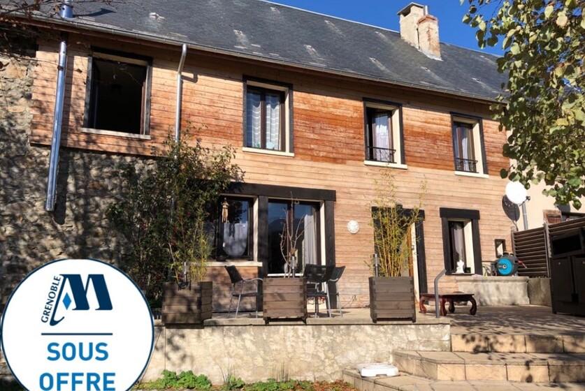 Vente Maison 5 pièces 135m² Saint-Jean-de-Vaulx (38220) - photo
