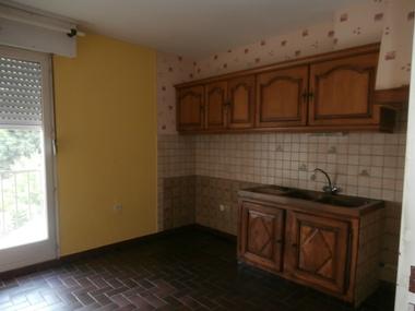 Vente Appartement 4 pièces 85m² LUXEUIL LES BAINS - photo