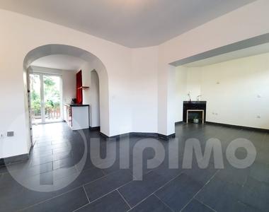 Vente Maison 11 pièces 160m² Bauvin (59221) - photo