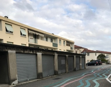 Location Garage 15m² Bourg-lès-Valence (26500) - photo