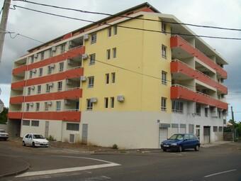 Location Appartement 3 pièces 58m² Sainte-Clotilde (97490) - photo
