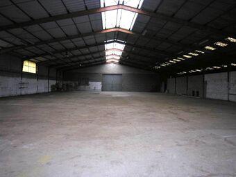 Sale Industrial premises 2 480m² Agen (47000) - photo