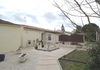 Vente Maison 8 pièces 177m² Étaules (17750)
