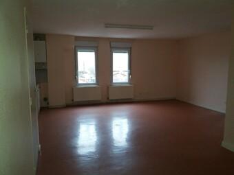 Location Appartement 4 pièces 90m² Cours-la-Ville (69470) - Photo 1