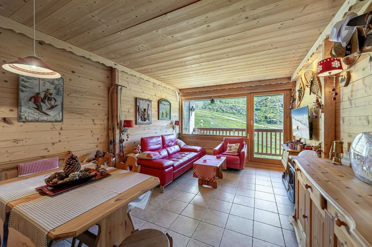 MAGNIFICENT T2- TOP FLOOR OF A RESIDENCE Chalet in Val Thorens