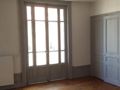 Location Appartement 3 pièces 66m² Saint-Étienne (42100) - Photo 3