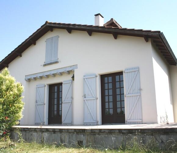 Sale House 5 rooms 110m² L'Isle-Jourdain (32600) - photo