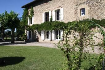 Vente Maison 11 pièces 340m² Saint-Étienne-de-Saint-Geoirs (38590) - Photo 1