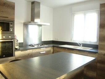 Sale Apartment 2 rooms 53m² Saint-Just-Chaleyssin (38540) - photo 2