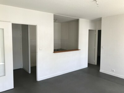 Location Appartement 3 pièces 59m² Saint-Étienne (42000) - photo