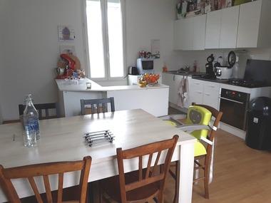 Location Maison 3 pièces 82m² Saint-Yorre (03270) - photo