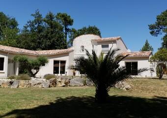 Vente Maison 7 pièces 244m² Breuillet (17920) - photo