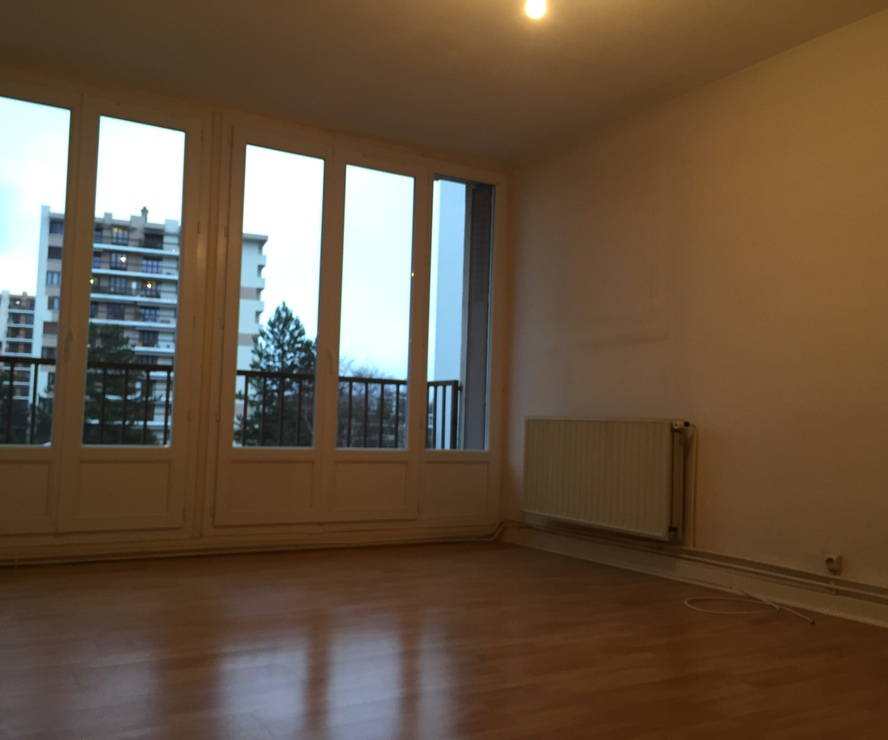 Location appartement 4 pi ces meylan 38240 81258 for Bureau plus meylan