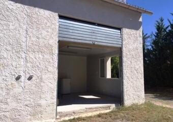 Location Commerce/bureau 1 pièce 35m² Jouques (13490) - photo
