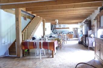 Vente Maison 7 pièces 215m² Saint-Médard-d'Aunis (17220) - Photo 1