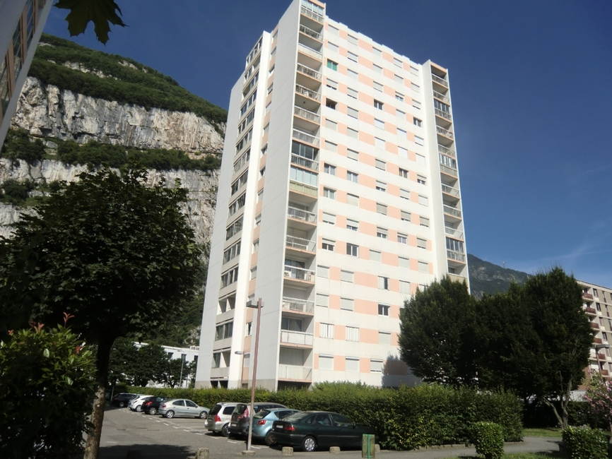 Location Appartement 4 pièces 74m² Sassenage (38360) - photo