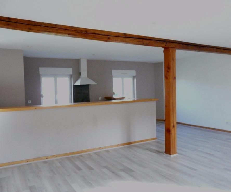 Location Appartement 3 pièces 90m² Cours-la-Ville (69470) - photo