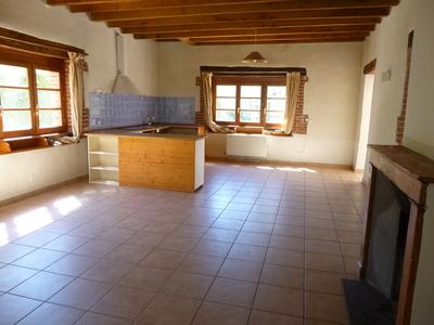 Location Maison 4 pièces 107m² Grézieux-le-Fromental (42600) - Photo 2