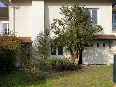 Vente Maison 6 pièces 155m² Gelos (64110) - photo