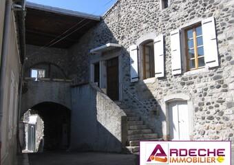 Location Maison 4 pièces 90m² Chomérac (07210) - Photo 1
