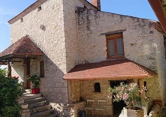 Vente Maison 9 pièces 300m² Ébreuil (03450) - Photo 1