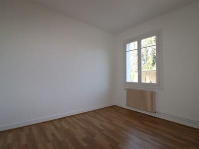 Location Appartement 3 pièces 74m² Pau (64000) - Photo 11
