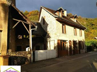 Vente Maison 9 pièces 265m² Les Avenières (38630) - photo