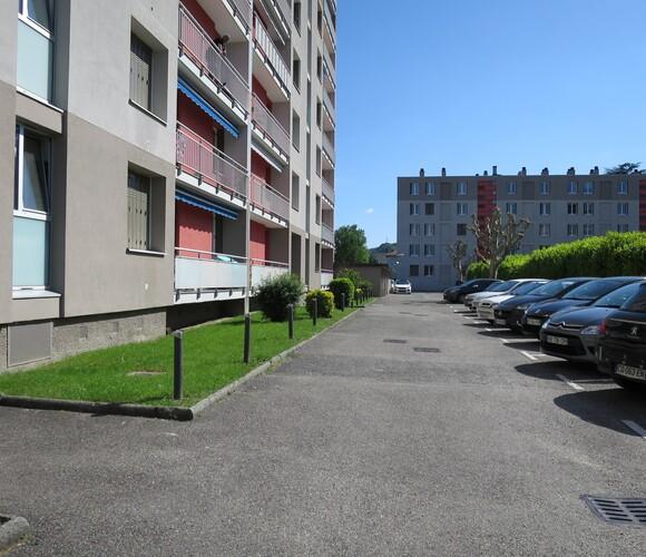 Location Appartement 2 pièces 42m² Le Pont-de-Claix (38800) - photo