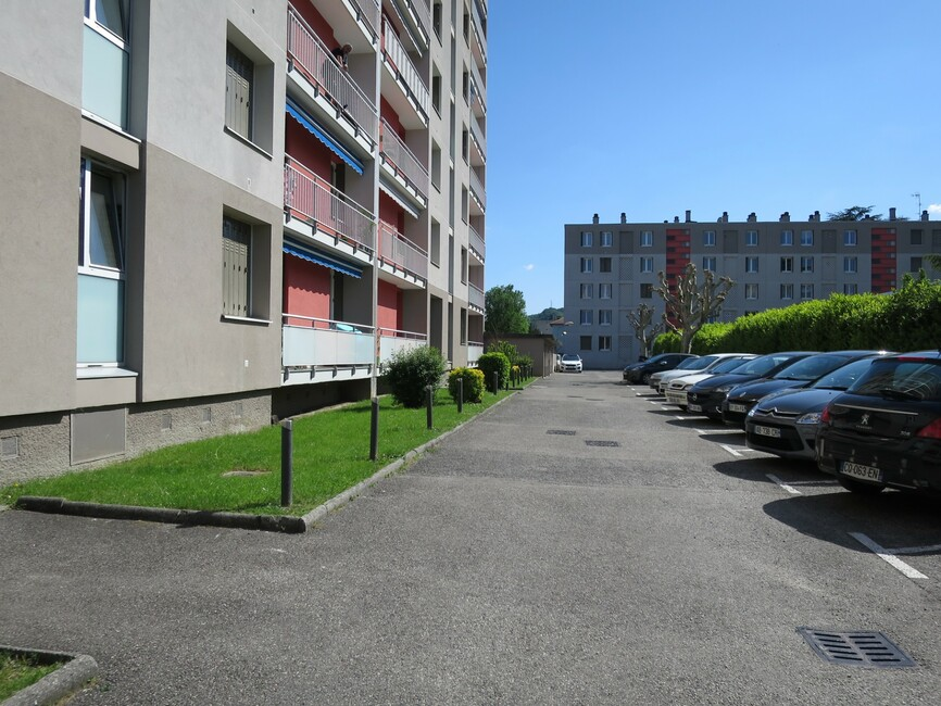 Location Appartement 2 pièces 42m² Le Pont-de-Claix (38800) - photo