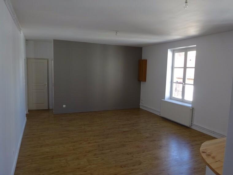 Location Appartement 82m² Charlieu (42190) - photo