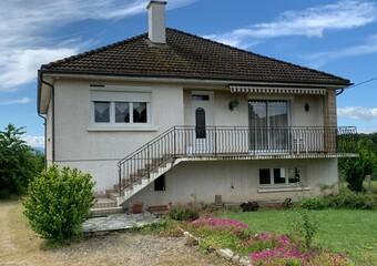 Vente Maison 5 pièces 100m² Saint-Sylvestre-Pragoulin (63310) - Photo 1