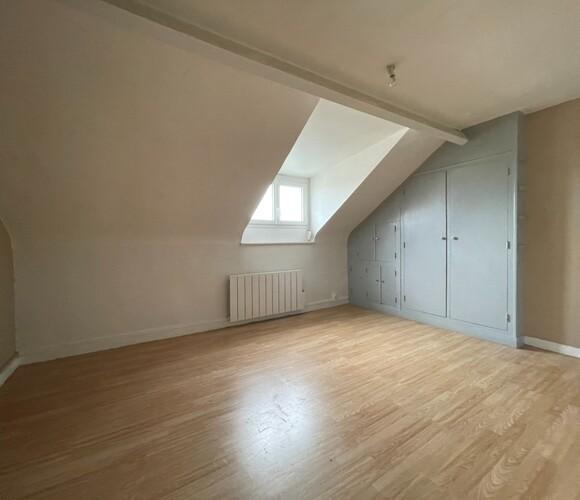 Location Appartement 1 pièce 16m² Amiens (80000) - photo