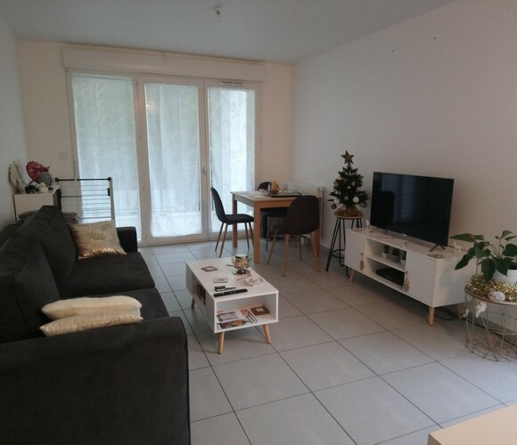 Renting Apartment 2 rooms 47m² Dax (40100) - photo