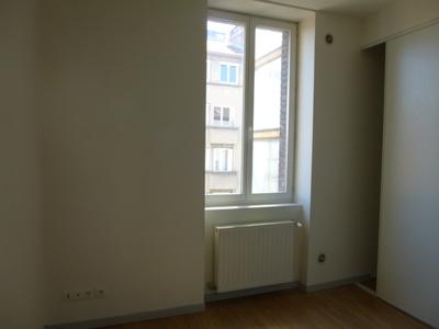 Location Appartement 2 pièces 41m² Saint-Étienne (42000) - Photo 8