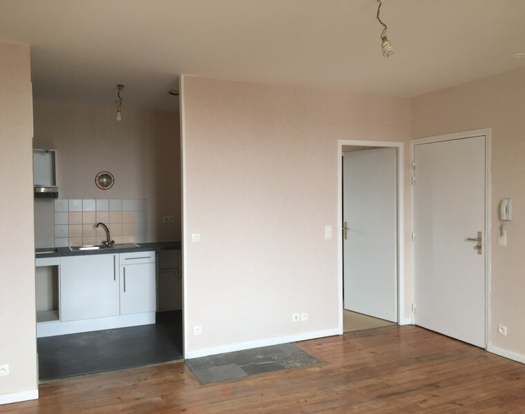 Renting Apartment 3 rooms 55m² Pau (64000) - photo