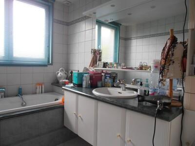 Vente Maison 7 pièces 152m² Andrézieux-Bouthéon (42160) - Photo 10
