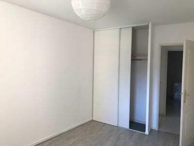 Location Appartement 3 pièces 66m² Saint-Étienne (42100) - Photo 6