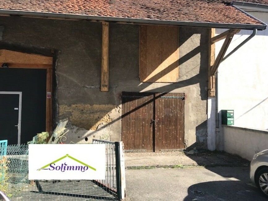 Vente Garage 75m² Les Abrets (38490) - photo