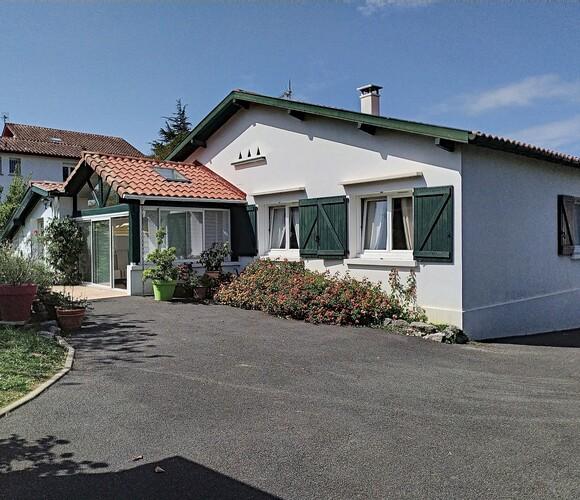 Vente Maison 4 pièces 109m² Cambo-les-Bains (64250) - photo