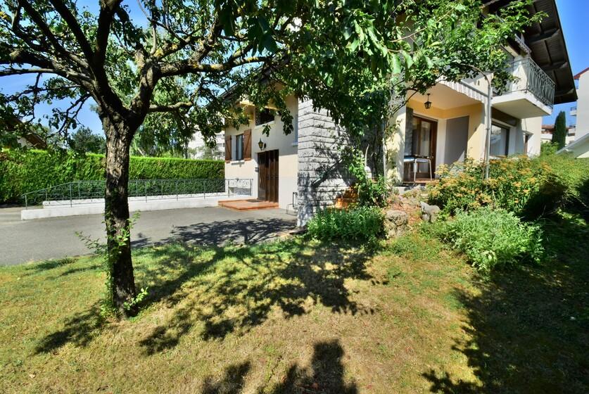 Vente Maison 8 pièces 170m² Annemasse - photo