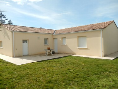 Vente Maison 4 pièces 109m² Châtillon-sur-Thouet (79200) - photo