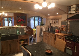 Sale House 8 rooms 189m² MOIMAY - photo