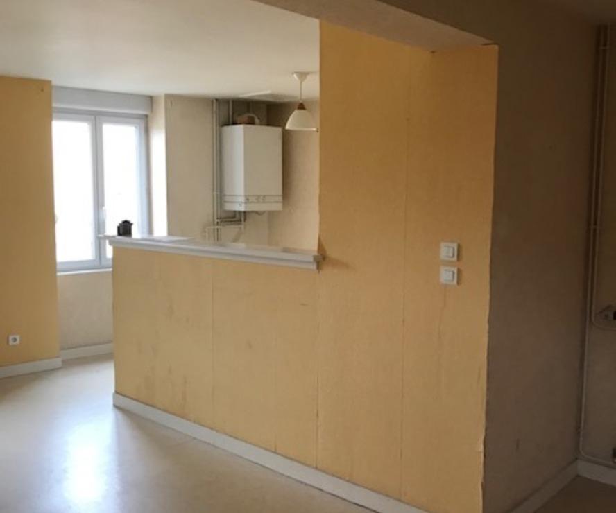 Location Appartement 4 pièces 83m² Cours-la-Ville (69470) - photo