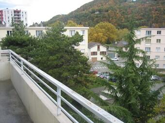 Location Appartement 4 pièces 64m² Saint-Martin-d'Hères (38400) - photo