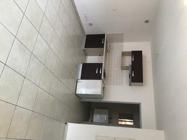 Location Appartement 1 pièce 28m² Sainte-Clotilde (97490) - photo