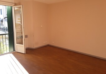 Location Appartement 2 pièces 63m² Cambo-les-Bains (64250) - photo 2