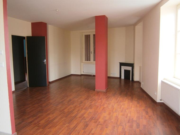 Location Appartement 3 pièces 80m² Belmont-de-la-Loire (42670) - photo