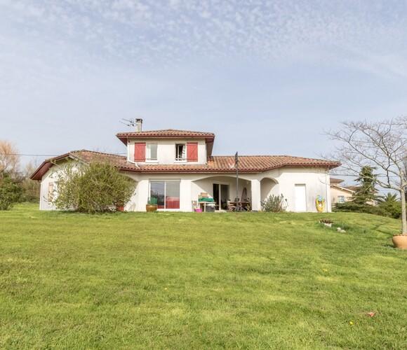 Vente Maison 5 pièces 130m² Mouguerre (64990) - photo